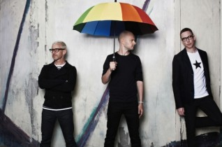Above & Beyond presents video Hello