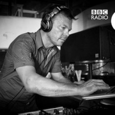 Pete Tong – The Essential Selection (Guestmix Solomun) – 12-DEC-2014
